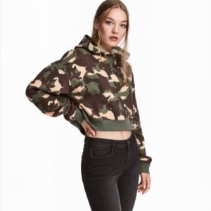 H&M Divided Cropped Camo Hoodie